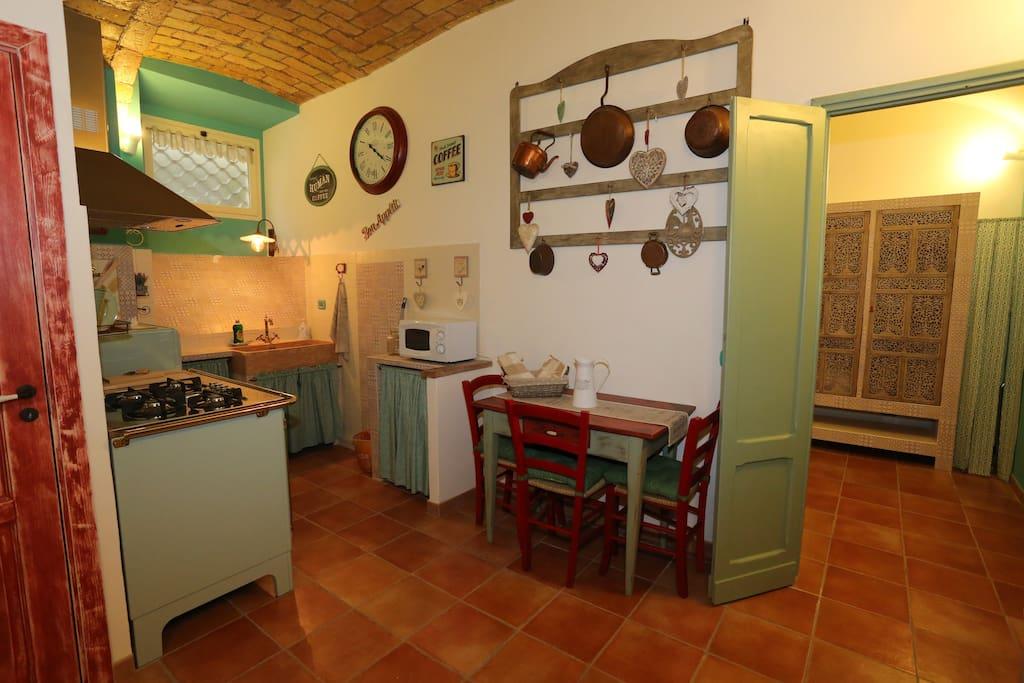 Il grottino apartments in affitto a roma lazio italia for Affitto uffici roma piramide