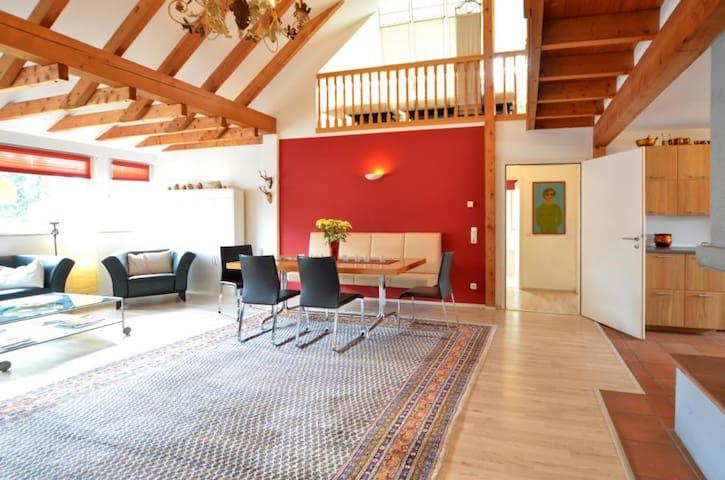 Stylische XXL-Galeriemaisonette - Cologne - Apartment