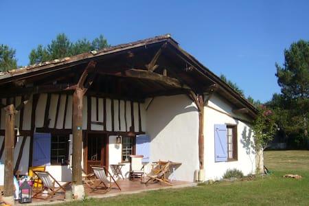 Location/Rental Ferme Landaise - Luxey - วิลล่า