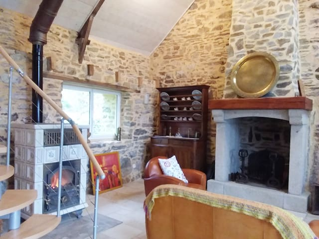 Maison avec vue, proche du lac de Guerlédan