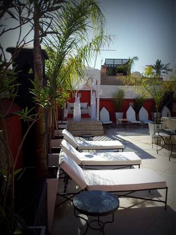 Riad Libitibito Bed and Breakfast piscine et wifi. - Marrakesh