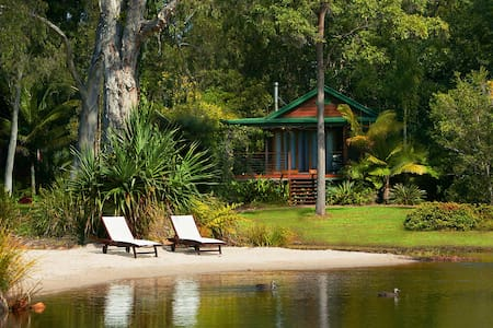 Lake Weyba Cottage Noosa fires are open for Winter