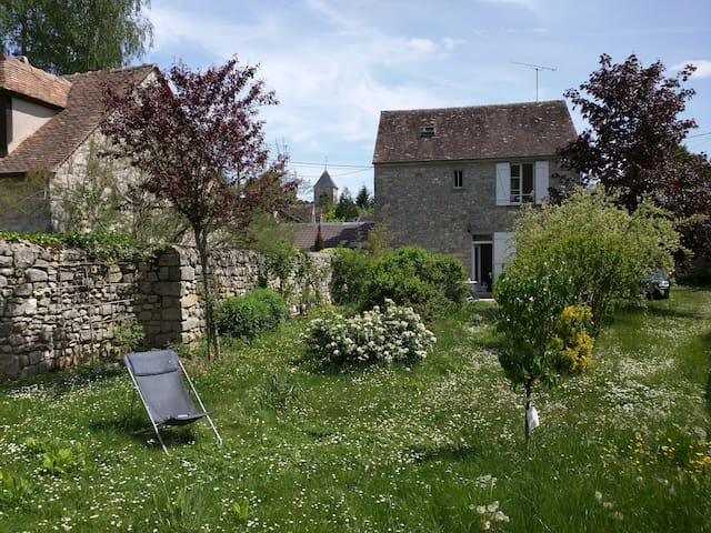 charming renovated house - Le Vaudoué - Huis