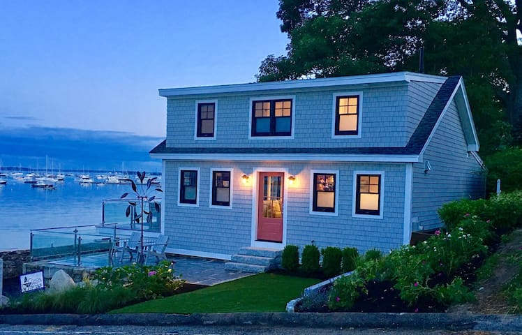 Oceanfront Luxury Living Best Location in Falmouth Foreside