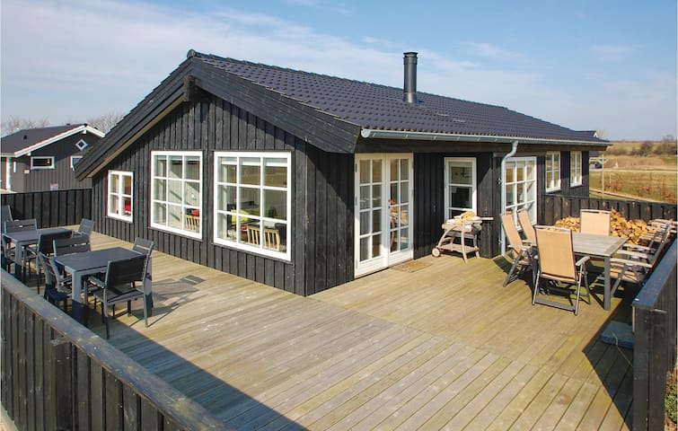 Holiday cottage with 5 bedrooms on 101m² in Haderslev