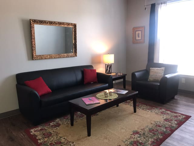 Downtown Chattanooga High Rise & Shine Cozy Apt