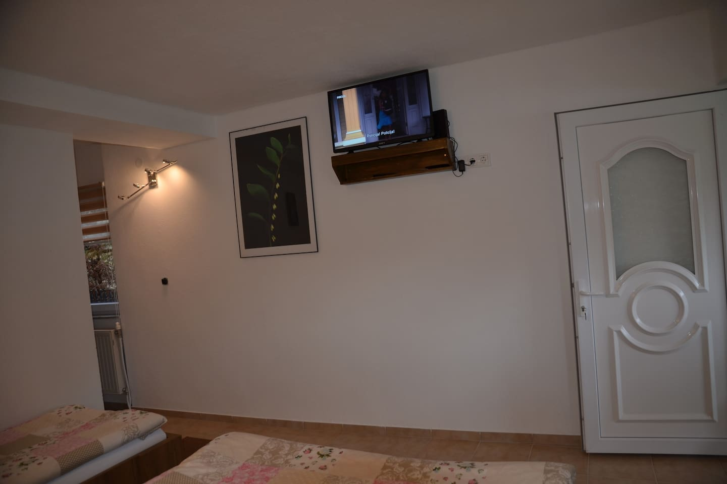Apartment 3 - A gorgeous apartment with lovely bedroom, tv, wi-fi, stylish sitting areas outside, eating spots surrounded by unspoilt countryside, forests and own beach