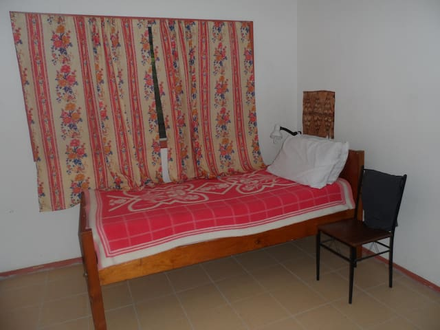 Hibiscus Room in heart of Tongatapu