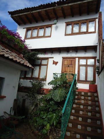 Casa mexicana por centro, Pátzcuaro - Pátzcuaro