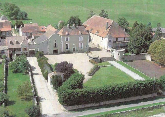 Chambre Cerise Domaine de Montrachet