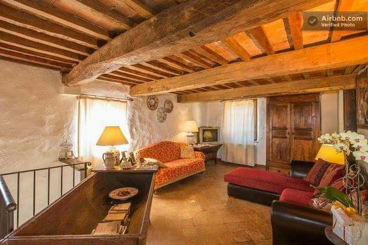 B&B La Colombella, in val d'orcia - Montieri - Bed & Breakfast
