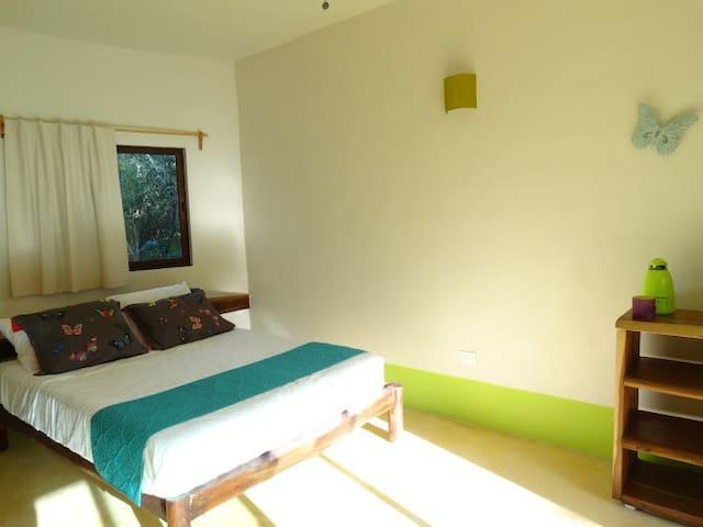 Piscina + Cenote: Room Verde - Chemuyil - Villa