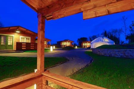 Log Cabin for Three - Kinnitty - วิลล่า
