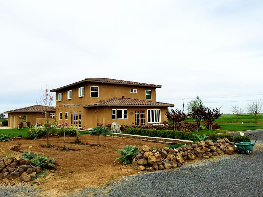 charming farm house with a view houses for rent in