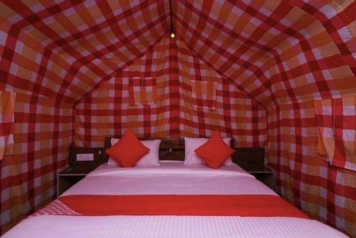 Camp Apple Retreat #serenic #village