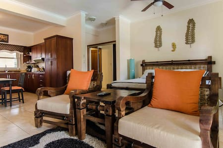 Very fresh and comfortable fully equipped studio in the best private community in Cabarete, known throughout the world as one of the best spots for surfing, kitesurfing and windsurfing. Excitant nightlife. Owner's offer - best price.