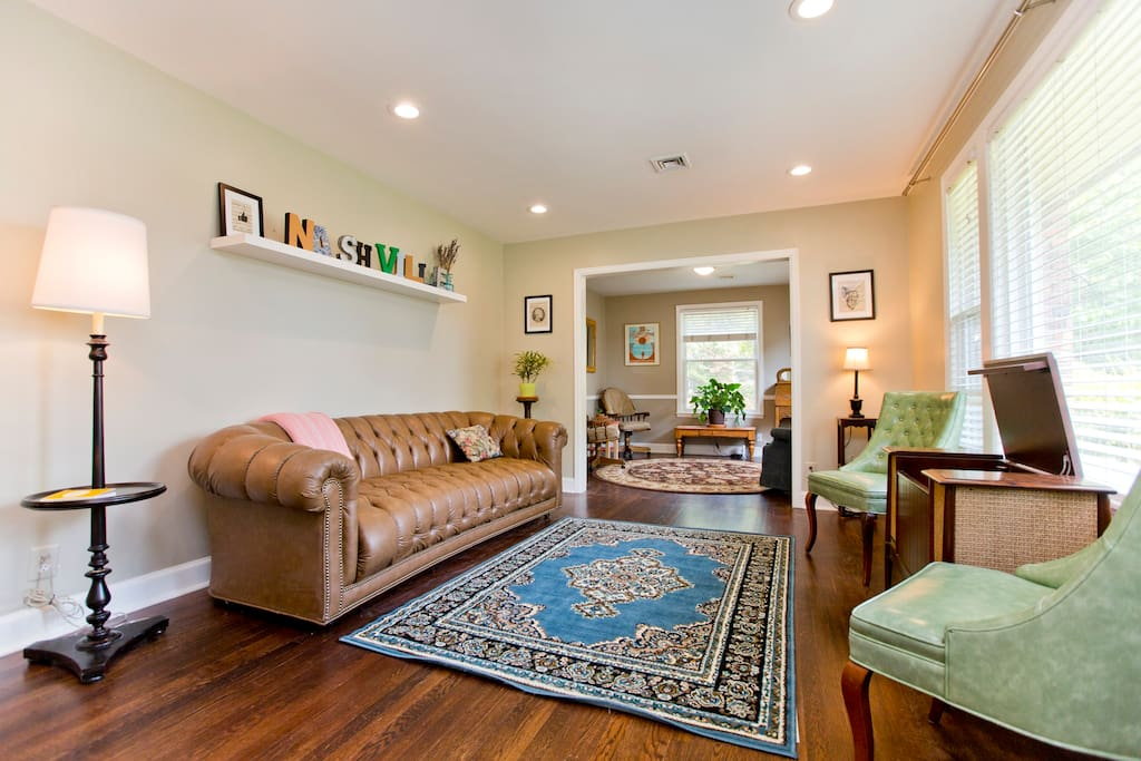 Our bright and spacious living room is the first thing you'll see when entering the house.