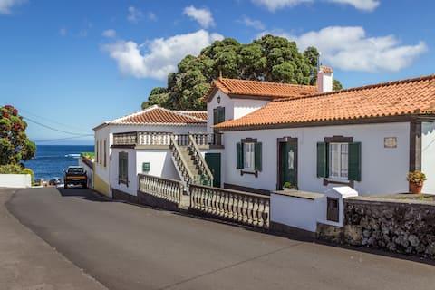 Vivenda Gomes (AL): férias à beira-mar