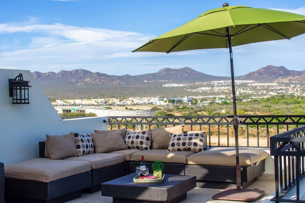 Enjoy the 360 degree views from this private  terrace.  Mountains and ocean views make this patio a guest favorite. Complete with a  BBQ grill perfect to enjoy evenings with friends and family while enjoying the cool ocean breeze!