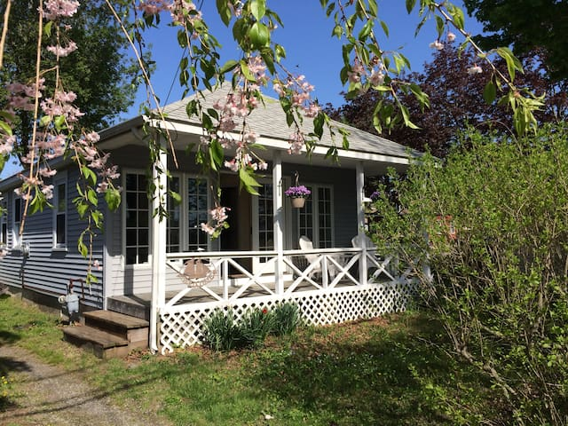 Carder Creek Cottage - Warwick - Casa
