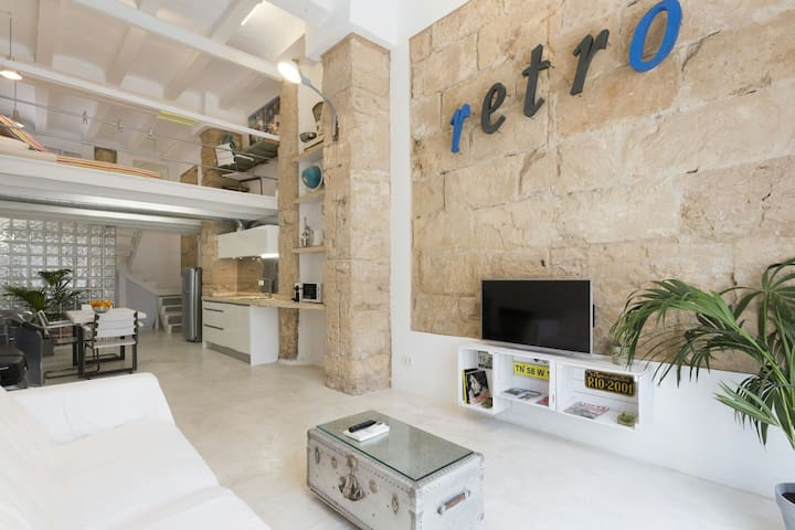 Central White loft with optional parking in Palma