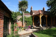 The Coach House Emsworth  Long term lets available