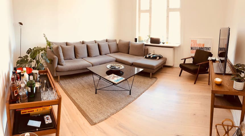 Room in 2 storey appartment in central Østerbro