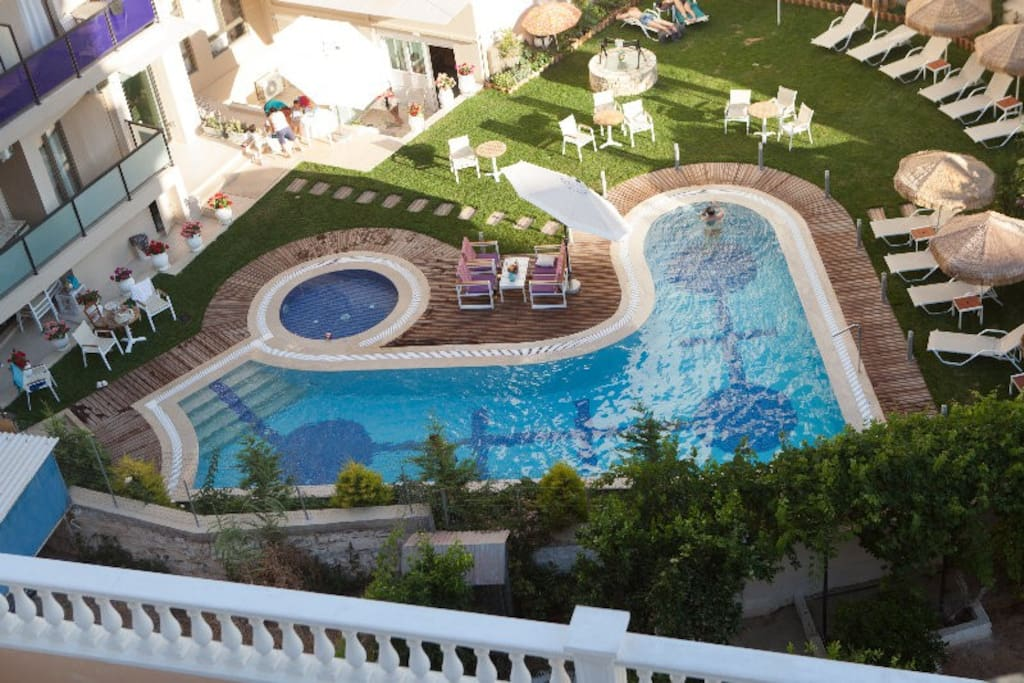 swimming pool belongs to next hotel and can be used also from our customers