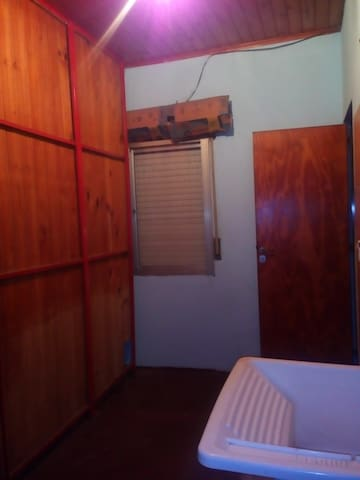 Sarandí, habitación privada