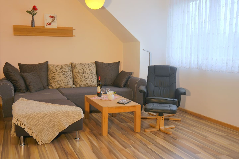 Sofa im Wohnraum