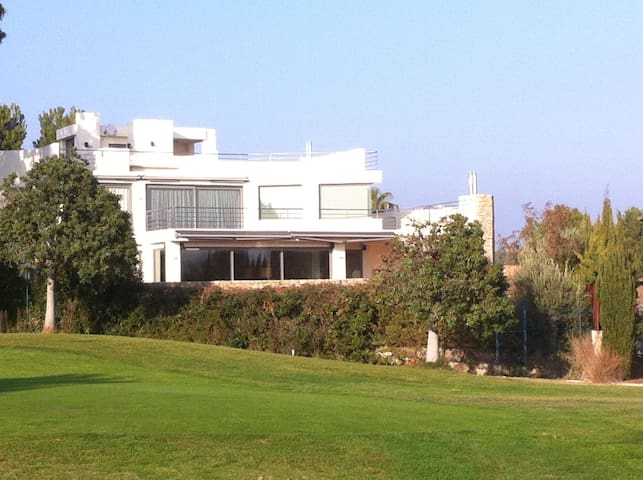 Villa 111, Genuss, Entspannung, Sport, Meer - Miami Platja - Villa