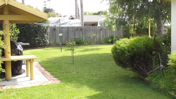 Lakes Entrance 1 B/R unit