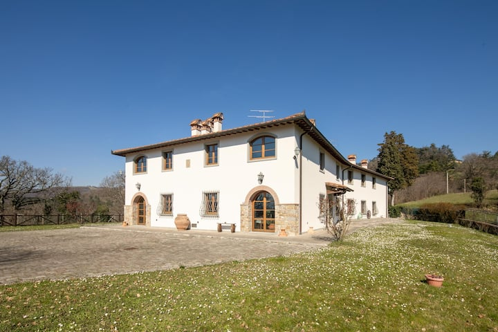 Villa Scarperia - Villa with pool in Mugello area