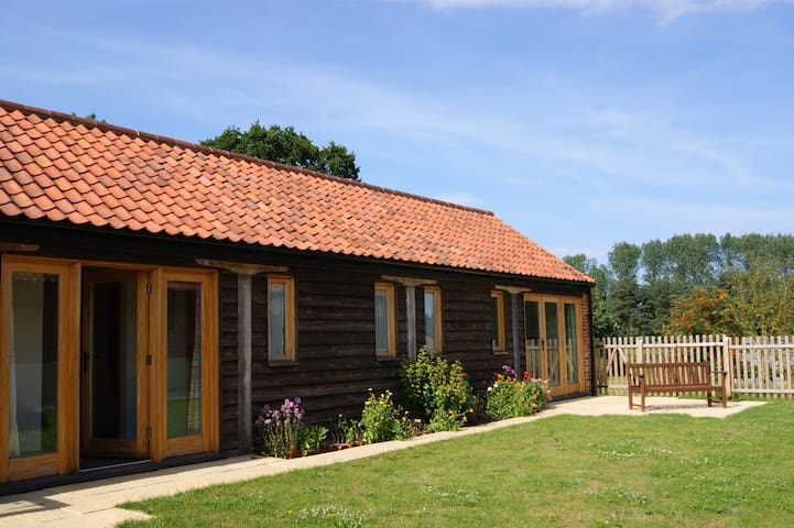 Fabulous, family-friendly cottage (Barn Owl)