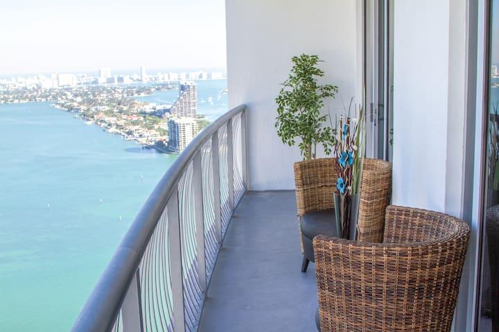 Luxury Bay Views 1**