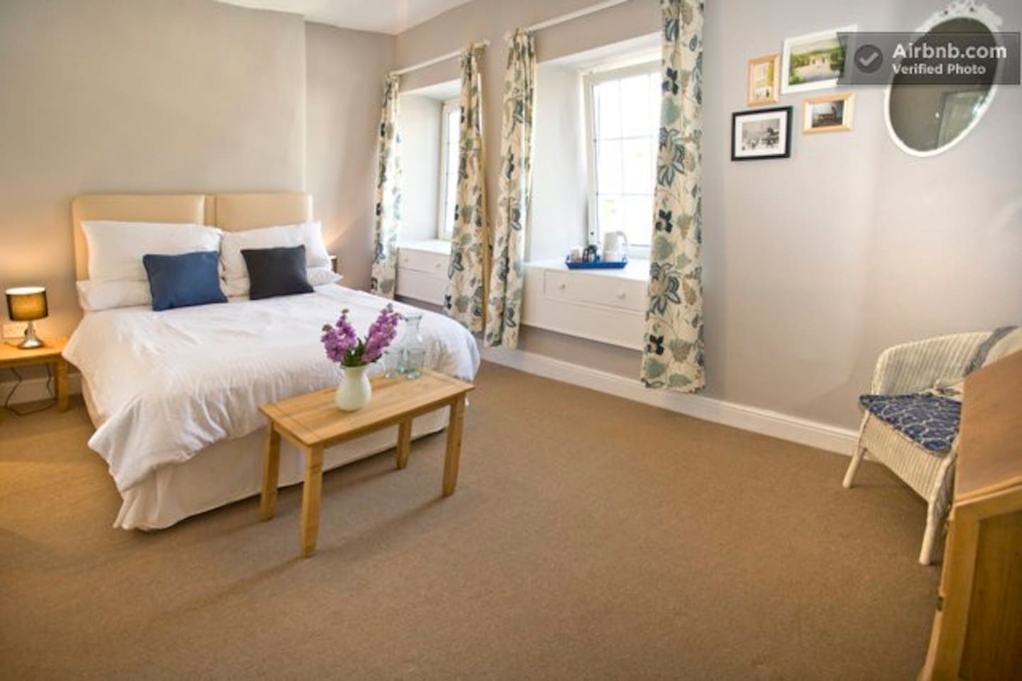 lovely big double room with ensuite shower room