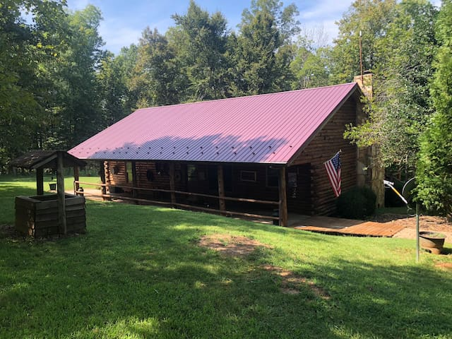 The Great Escape:Lakefront Log Cabin