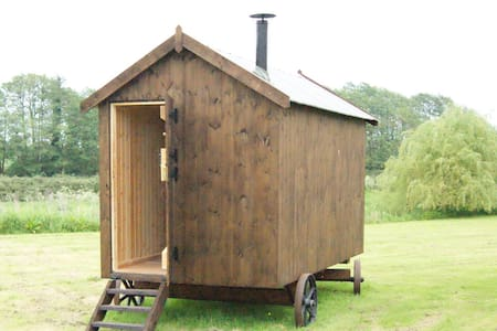 Shepherd's Hut on secluded meadow - Aylsham - Casa de campo
