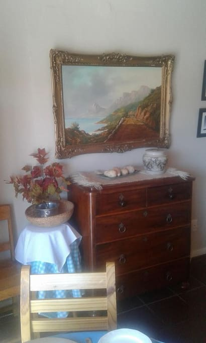 corner in the diningroom