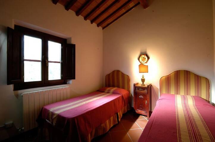 appartamento per 4+1 ospiti - Collesalvetti - Apartemen
