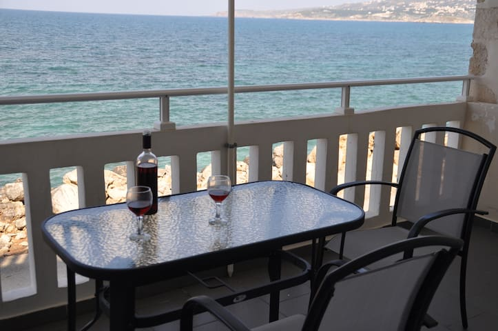 N2 Parianna 7 meters from the sea!! - Kalyves - Apartment