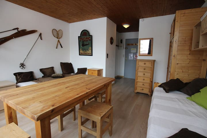 Studio in a residence close to the slopes and the center