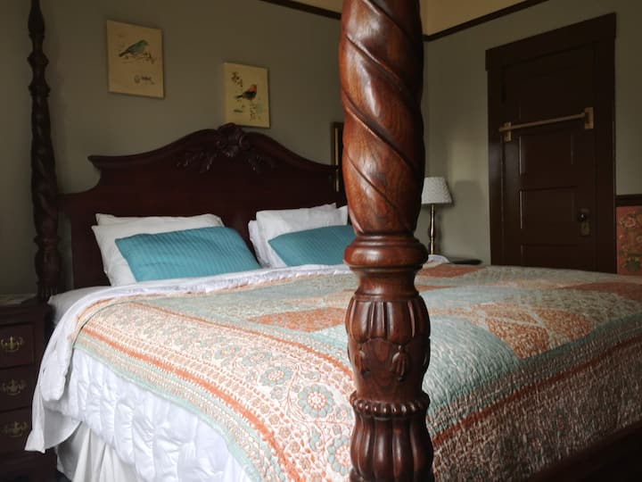 Room 10, King Bed at The Lyle Hotel