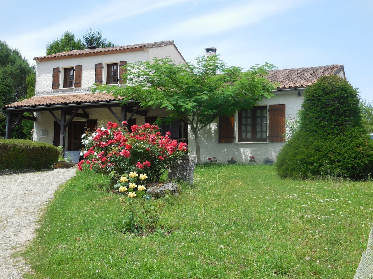 """""""La Madriguera"""" is a forty year old house, sitting on two acres of parkland, outside the little village of Gardes le Pontaroux, close to the public pool and holiday village and on a regular bus route between Angouleme and Villebois-Lavalette."""