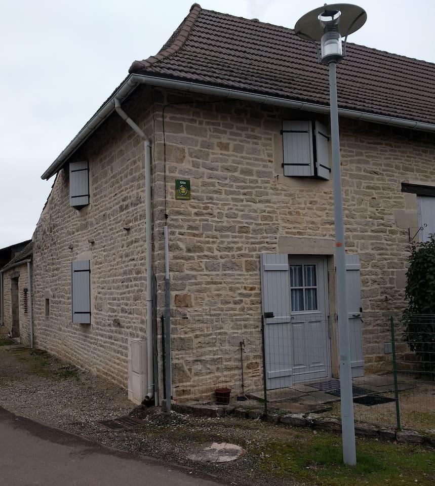 Appartement 2 pièces, dans maison du XIX ème siècle.