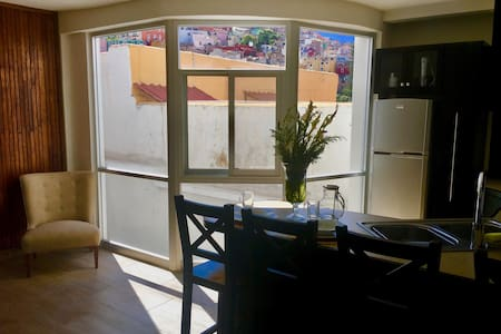 Modern Condo with Center of Gto Views - Guanajuato