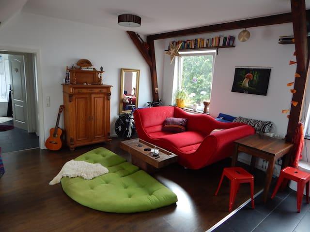 Light-flooded 2-Rooms Appartement at Buntentor - Bremen - Leilighet