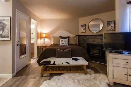 Lovely Studio in Town, Close to everything, Save $ - Mammoth Lakes - Wohnung