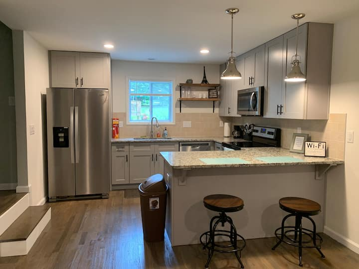 Modern Private guest suite near downtown Atlanta