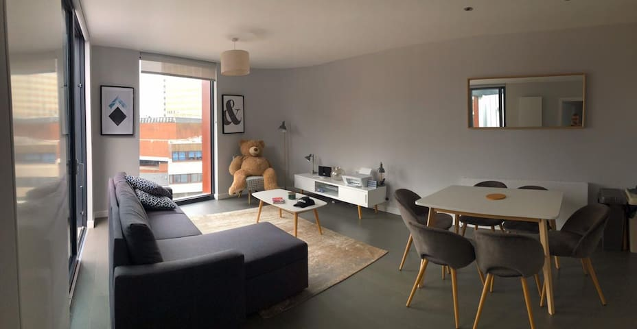 Modern, brand new,  well decorated flat